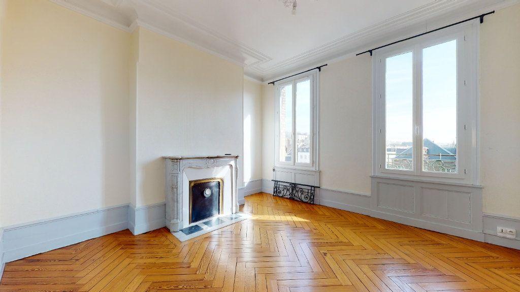 Appartement à louer 3 69.99m2 à Le Havre vignette-3