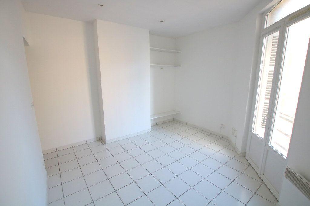 Appartement à louer 1 22.6m2 à Le Havre vignette-3