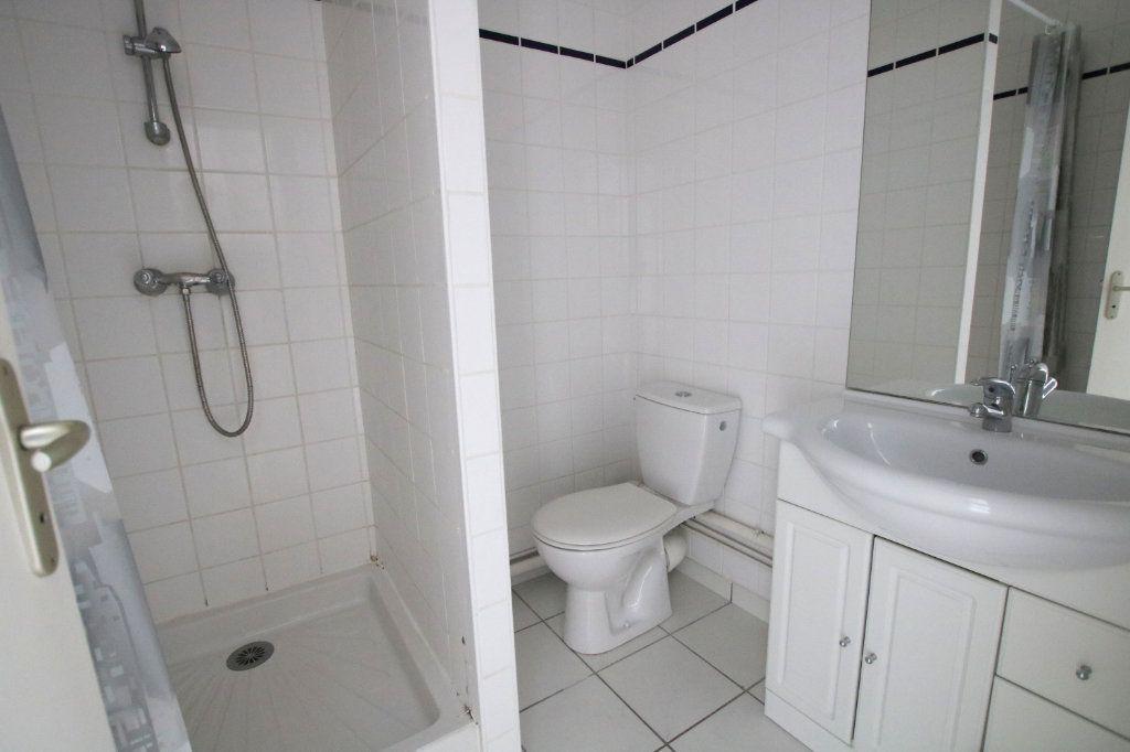 Appartement à louer 1 22.6m2 à Le Havre vignette-5
