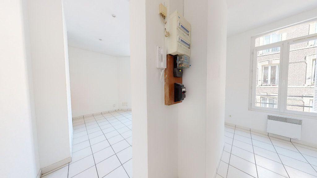 Appartement à louer 1 22.6m2 à Le Havre vignette-6