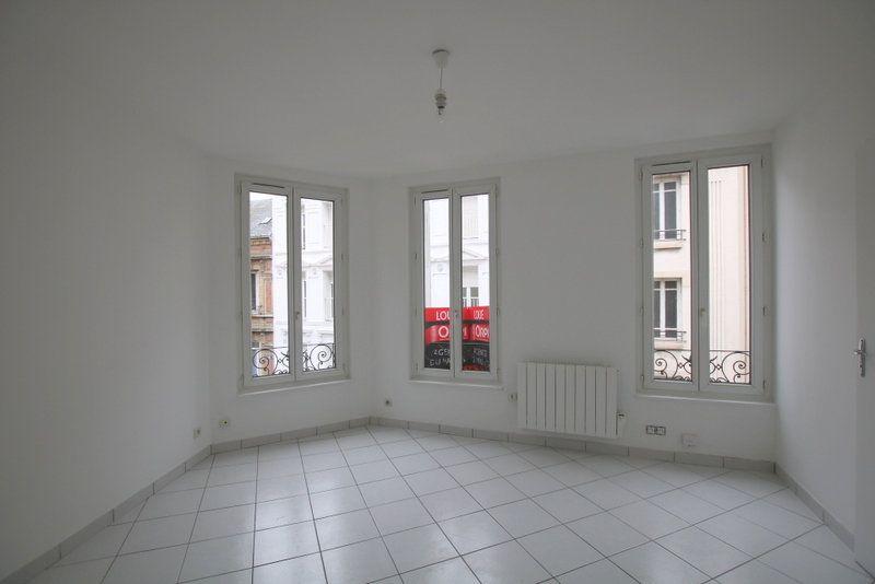 Appartement à louer 2 30.18m2 à Le Havre vignette-1
