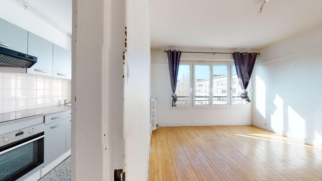 Appartement à louer 4 62.38m2 à Le Havre vignette-1