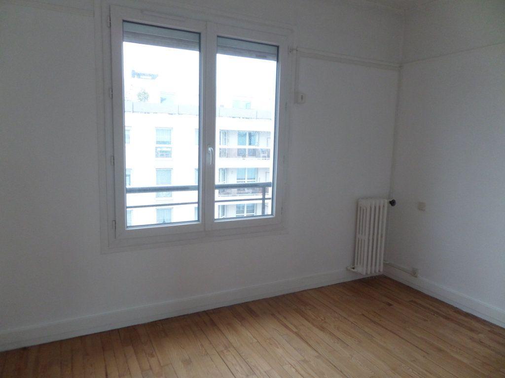 Appartement à louer 4 62.38m2 à Le Havre vignette-2
