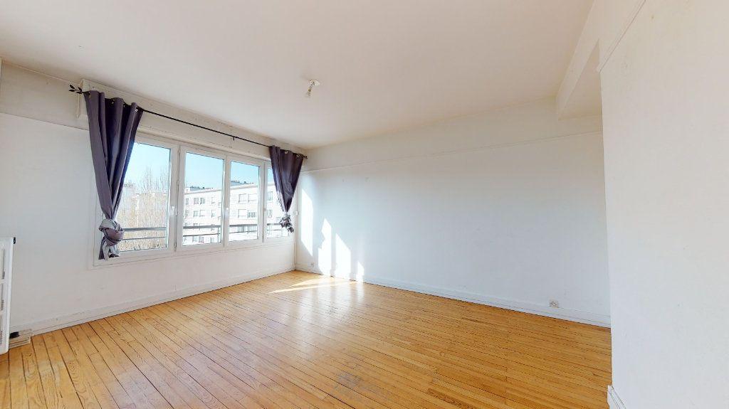 Appartement à louer 4 62.38m2 à Le Havre vignette-4