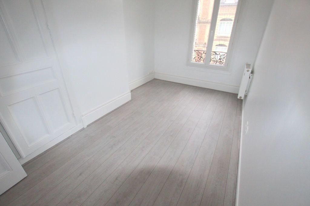 Appartement à louer 4 77.8m2 à Le Havre vignette-6