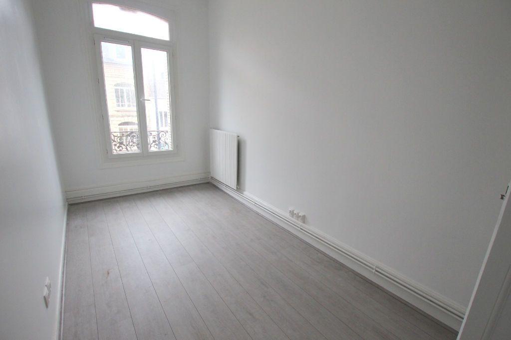 Appartement à louer 4 77.8m2 à Le Havre vignette-8