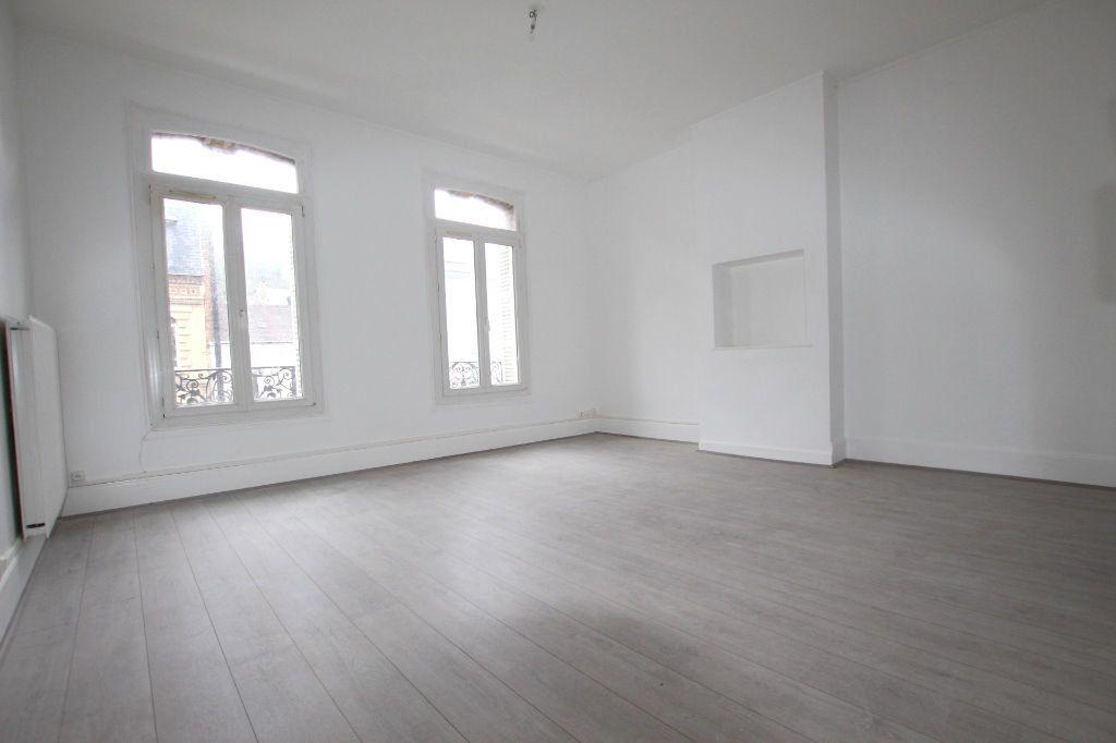 Appartement à louer 4 77.8m2 à Le Havre vignette-9