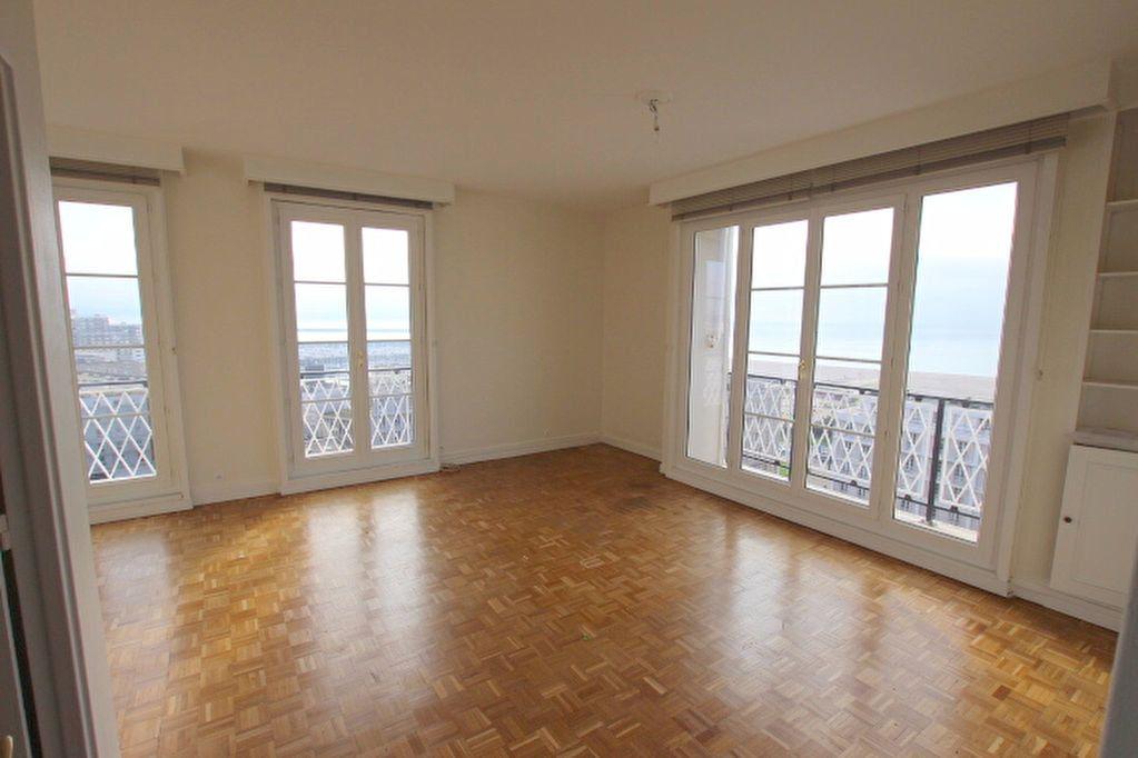 Appartement à louer 4 85.25m2 à Le Havre vignette-2