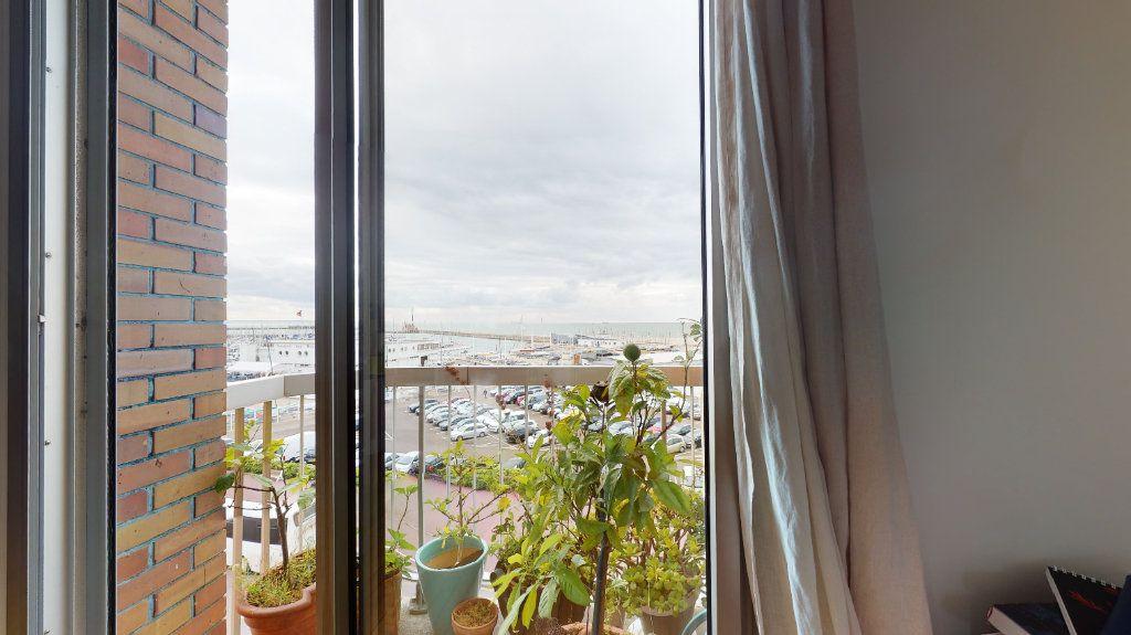 Appartement à louer 3 82.26m2 à Le Havre vignette-5