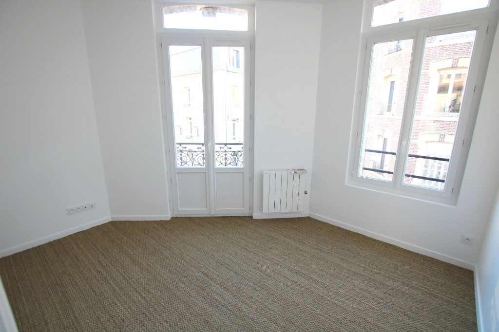 Appartement à louer 3 46.41m2 à Le Havre vignette-2