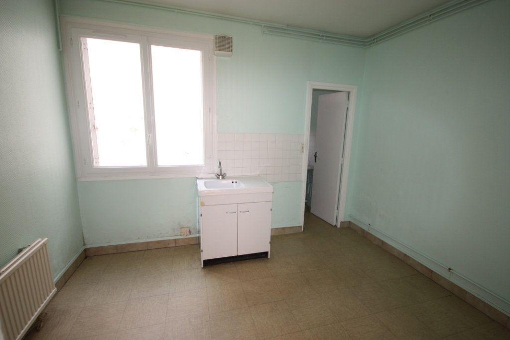 Appartement à louer 1 26.86m2 à Le Havre vignette-2