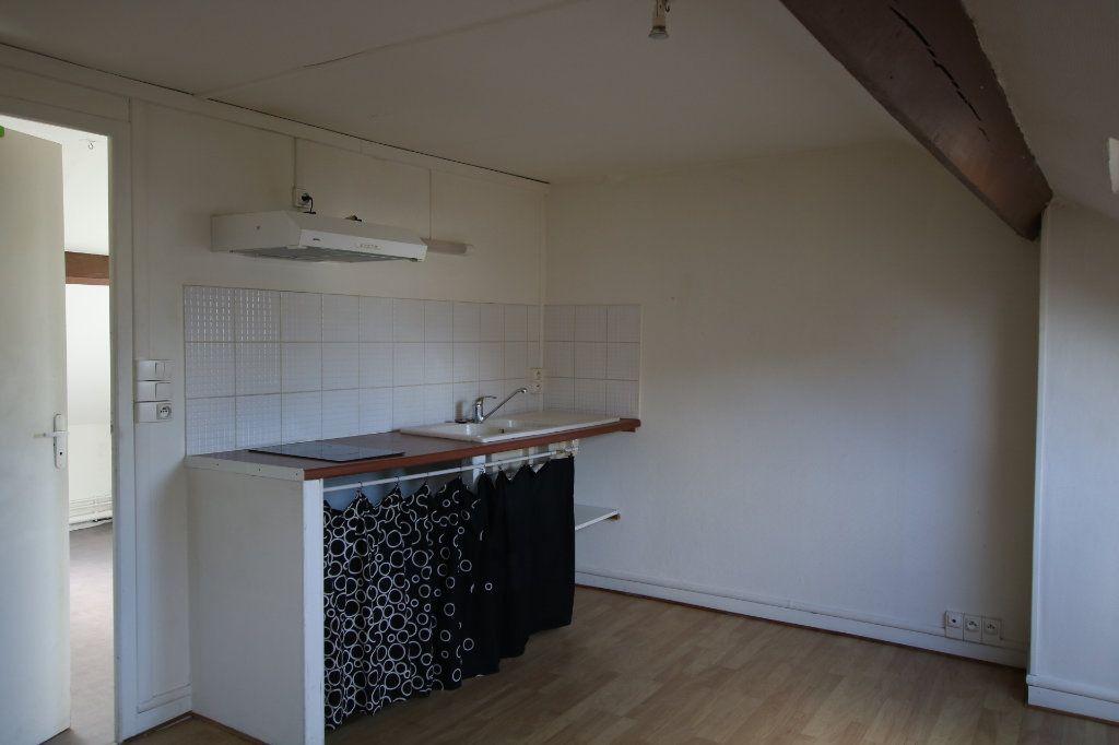 Appartement à louer 1 15.91m2 à Le Havre vignette-1