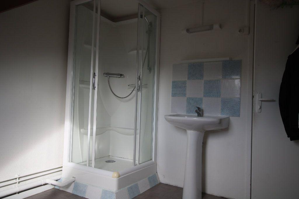 Appartement à louer 1 15.91m2 à Le Havre vignette-4