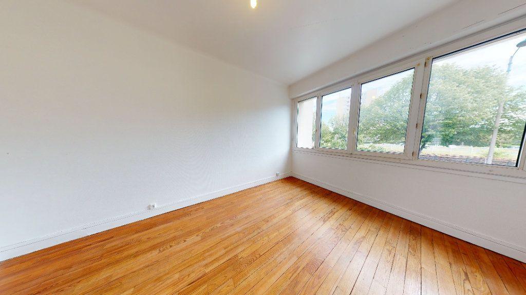 Appartement à louer 3 61.5m2 à Le Havre vignette-7