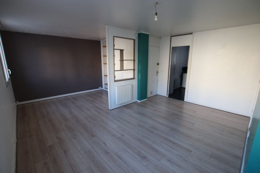 Appartement à louer 3 58.87m2 à Le Havre vignette-1