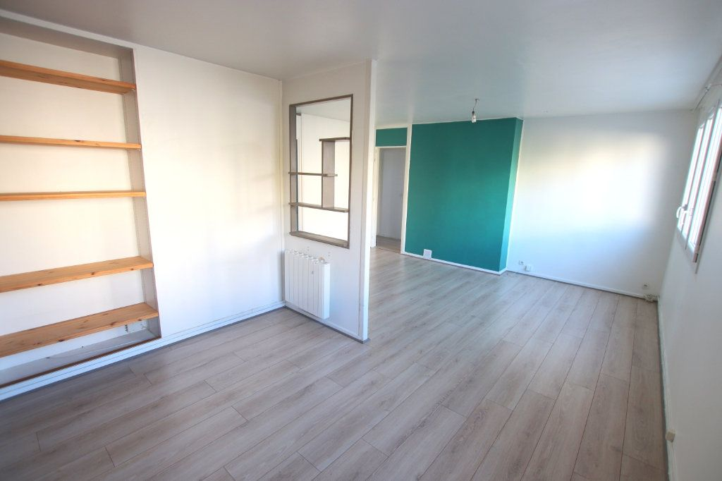 Appartement à louer 3 58.87m2 à Le Havre vignette-2
