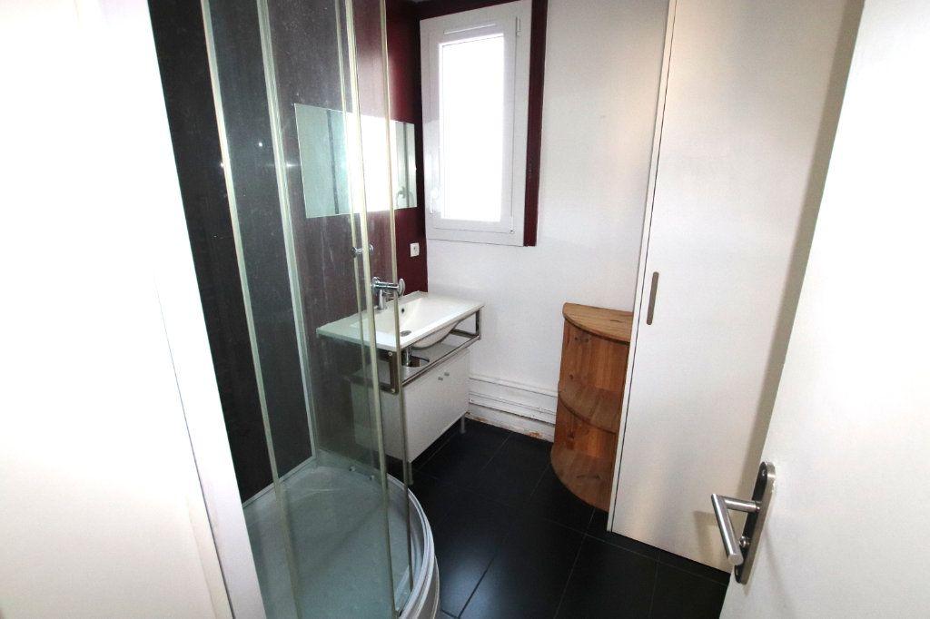 Appartement à louer 3 58.87m2 à Le Havre vignette-8