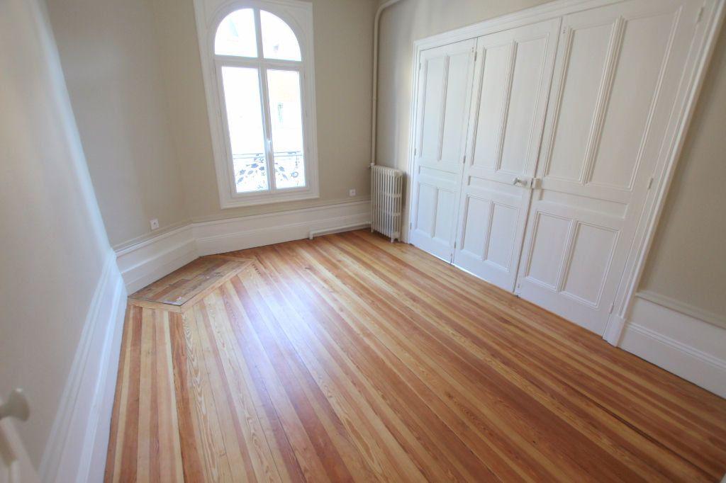 Appartement à louer 3 71.78m2 à Le Havre vignette-4