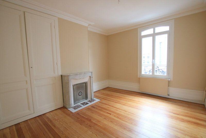 Appartement à louer 3 68.39m2 à Le Havre vignette-3