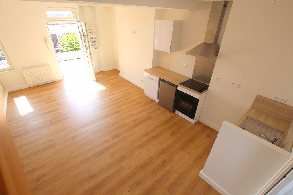 Appartement à louer 2 37.88m2 à Le Havre vignette-1