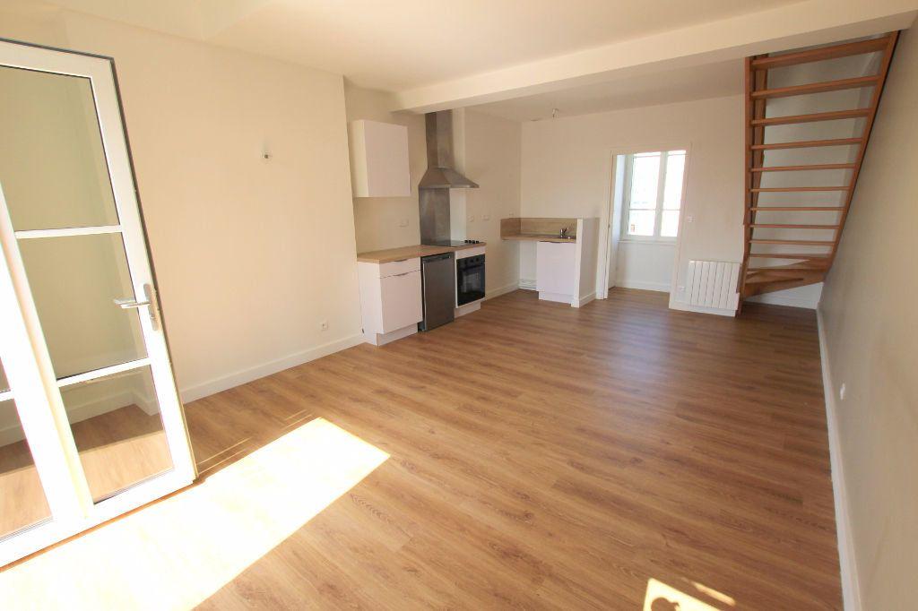 Appartement à louer 2 37.88m2 à Le Havre vignette-2