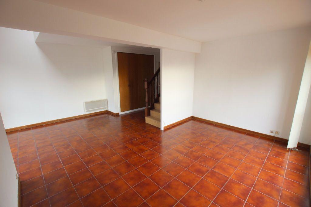 Appartement à louer 3 69.2m2 à Le Havre vignette-2