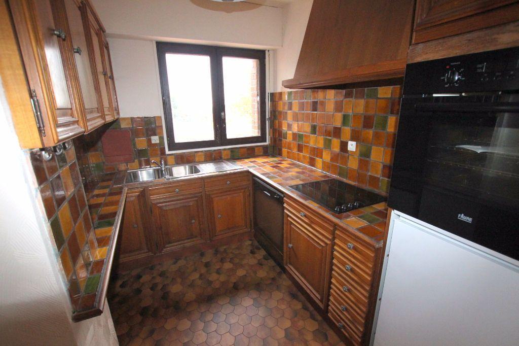 Appartement à louer 3 69.2m2 à Le Havre vignette-3