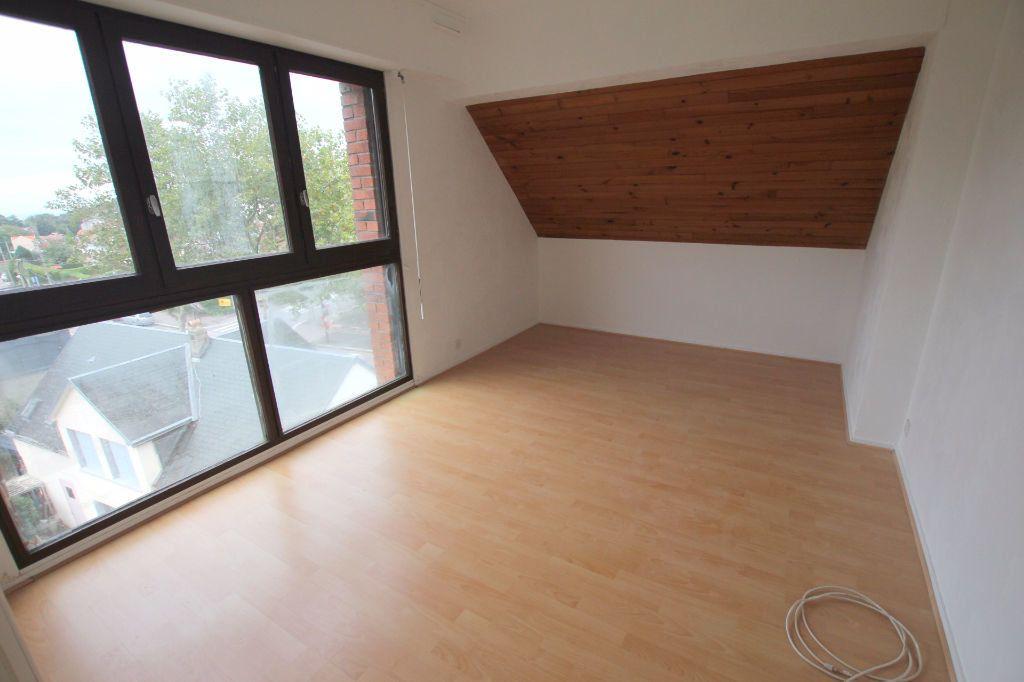 Appartement à louer 3 69.2m2 à Le Havre vignette-5