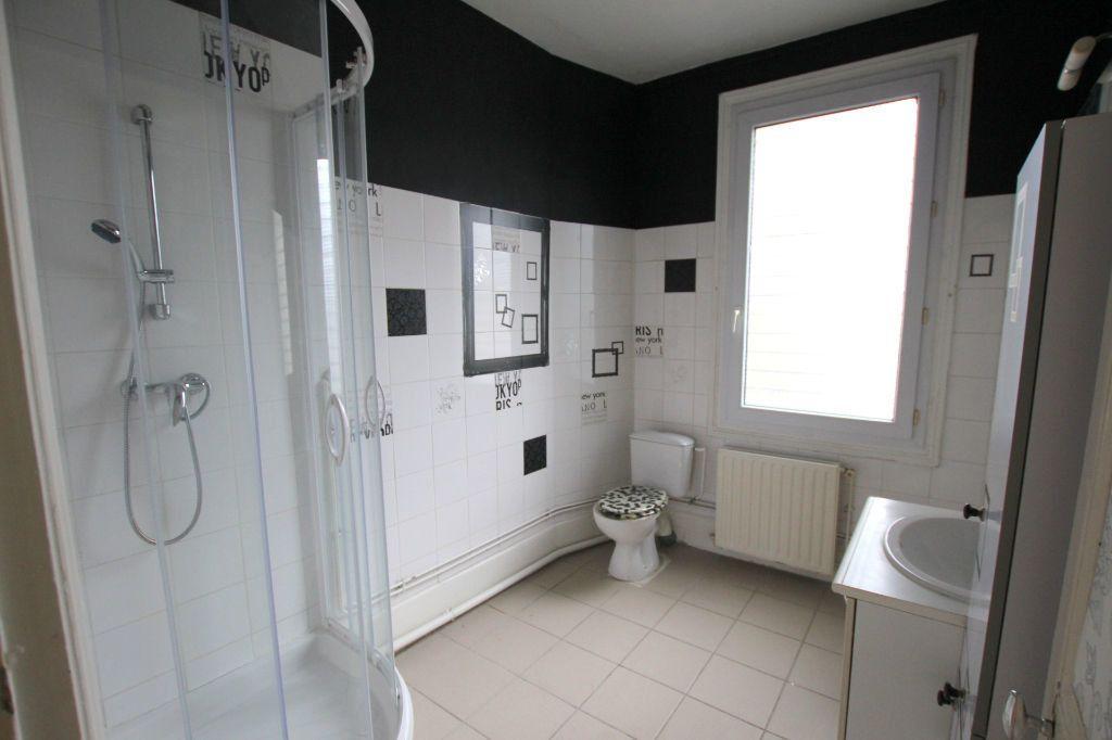 Appartement à louer 2 51.84m2 à Le Havre vignette-4