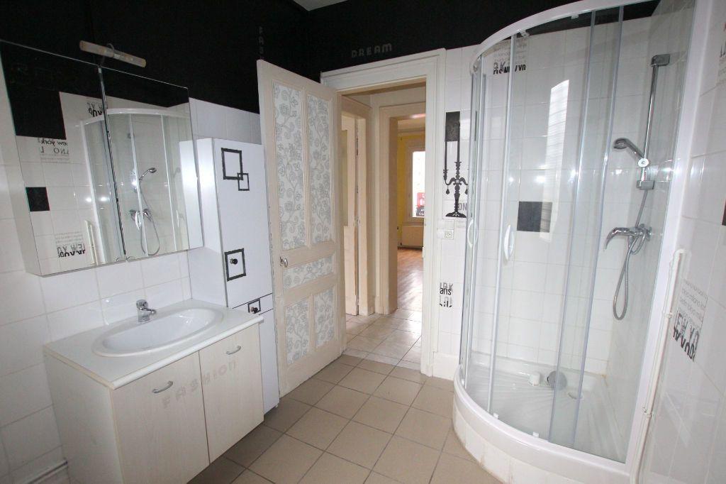 Appartement à louer 2 51.84m2 à Le Havre vignette-5