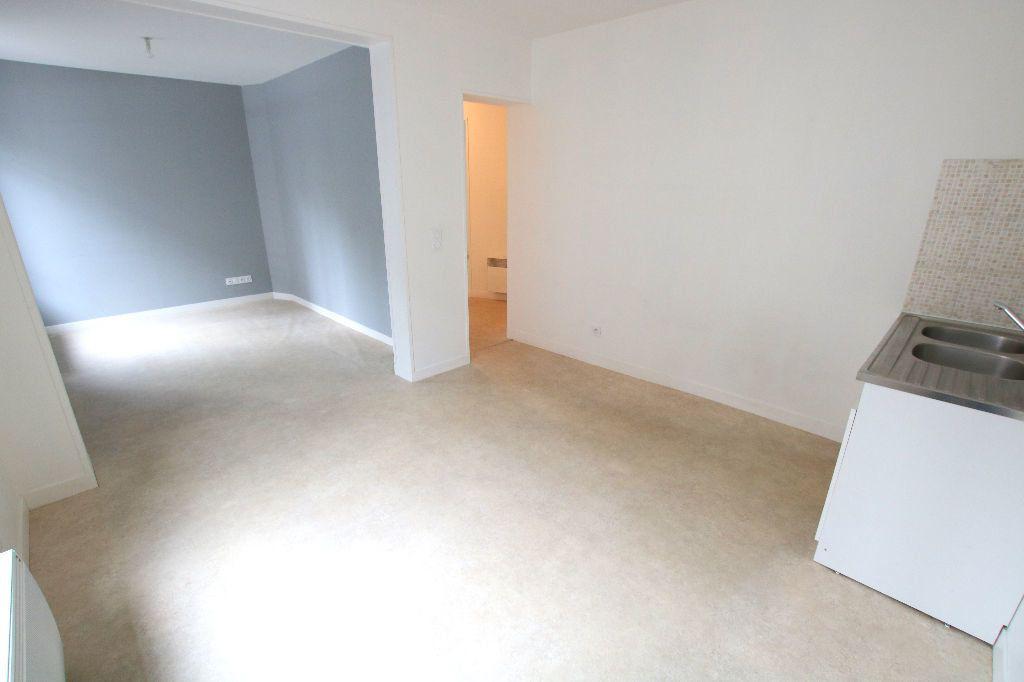 Appartement à louer 3 54.29m2 à Le Havre vignette-1
