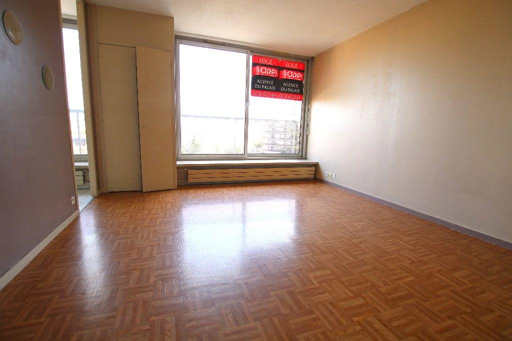 Appartement à louer 1 35.21m2 à Le Havre vignette-1