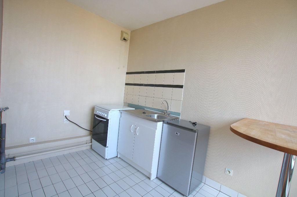 Appartement à louer 1 35.21m2 à Le Havre vignette-6