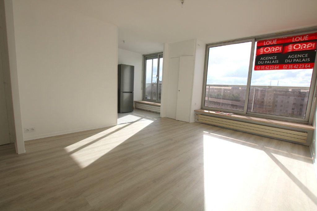 Appartement à louer 1 35.23m2 à Le Havre vignette-1