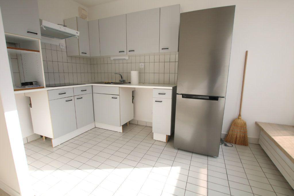 Appartement à louer 1 35.23m2 à Le Havre vignette-5