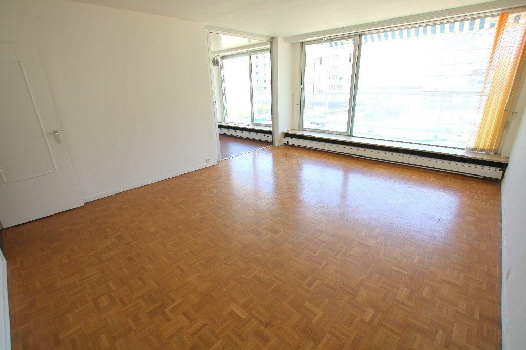 Appartement à louer 3 81.53m2 à Le Havre vignette-1