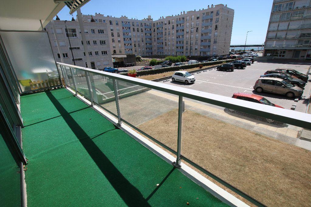 Appartement à louer 3 81.53m2 à Le Havre vignette-6