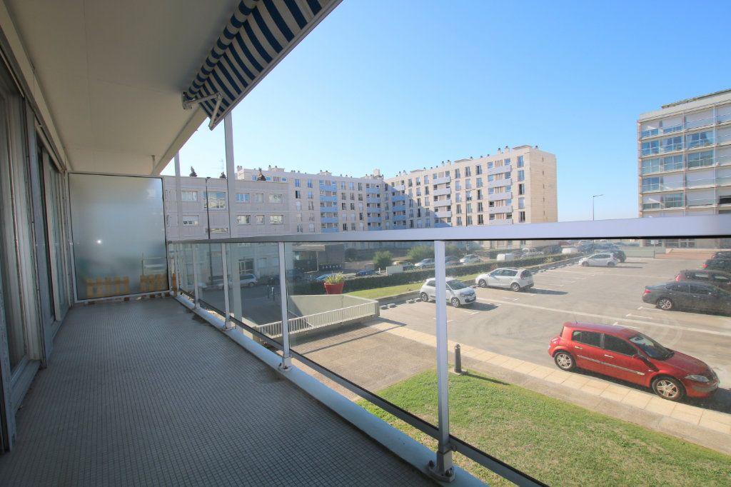 Appartement à louer 3 81.53m2 à Le Havre vignette-8