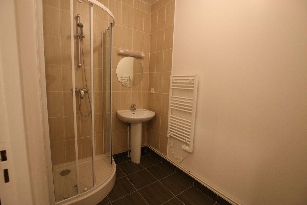 Appartement à louer 2 44.58m2 à Le Havre vignette-5