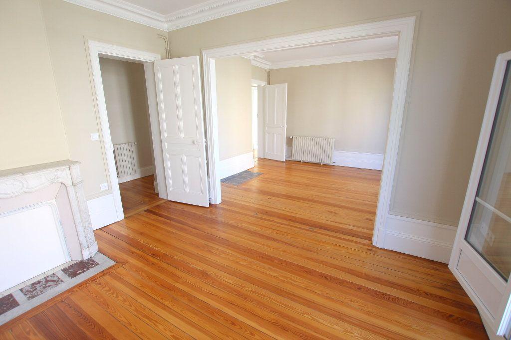 Appartement à louer 3 68.92m2 à Le Havre vignette-4