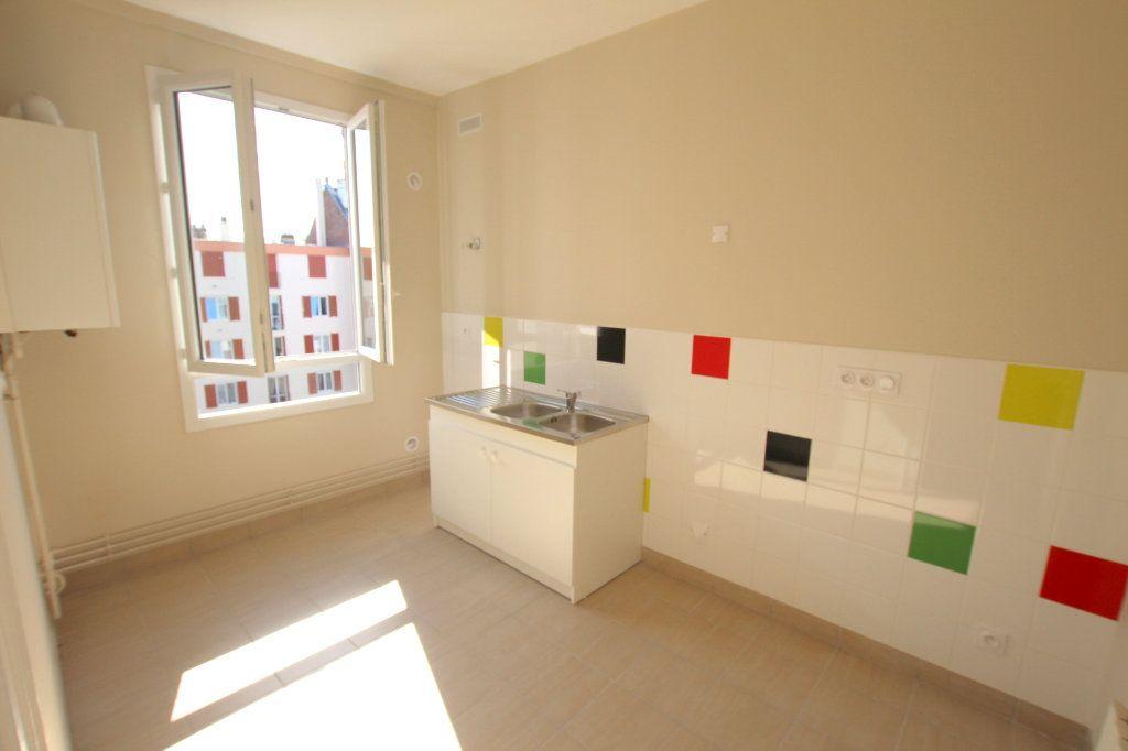 Appartement à louer 3 68.92m2 à Le Havre vignette-5