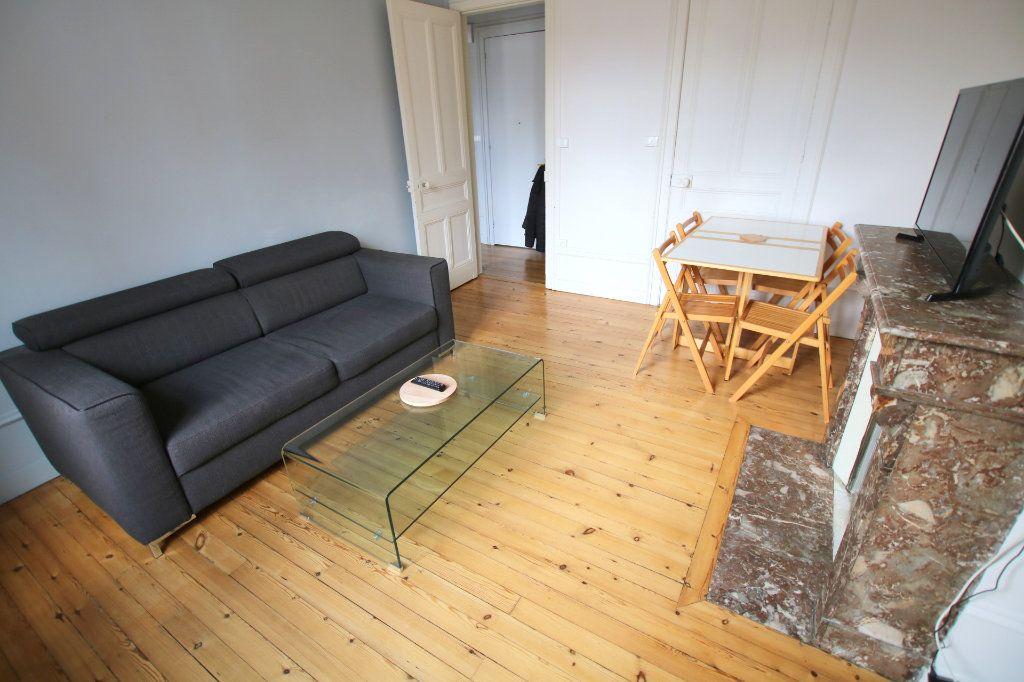 Appartement à louer 3 53.08m2 à Le Havre vignette-1