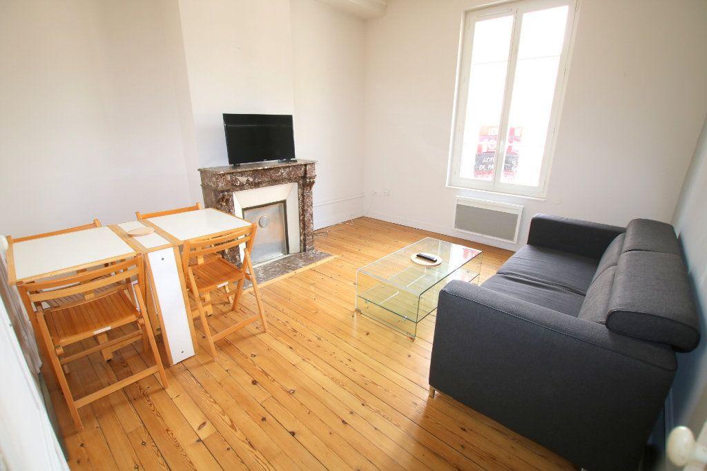 Appartement à louer 3 53.08m2 à Le Havre vignette-2