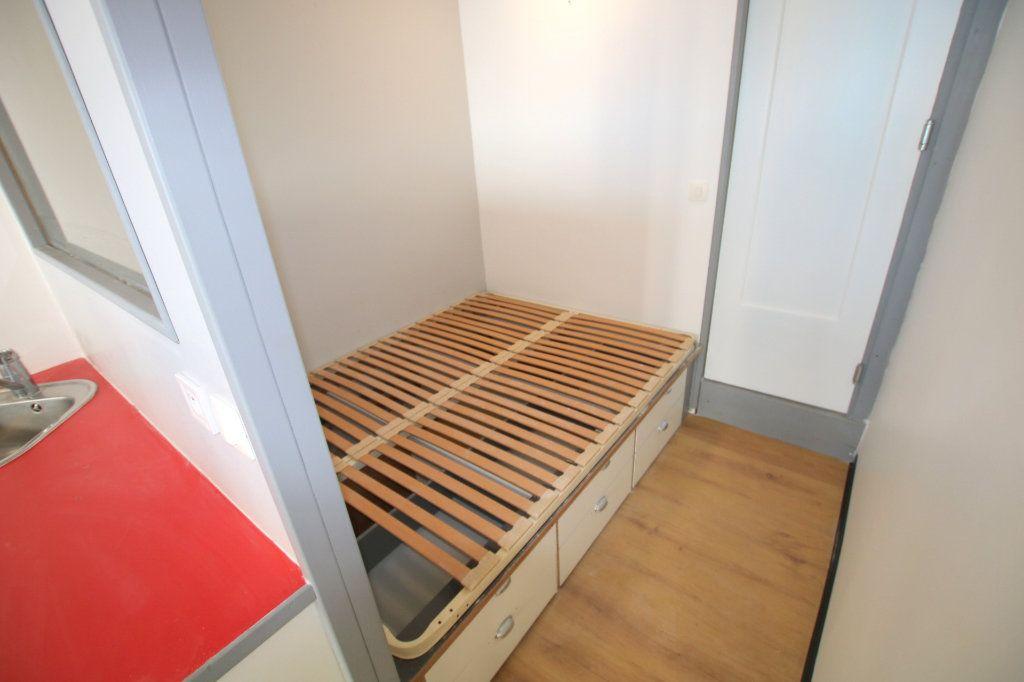 Appartement à louer 1 17.14m2 à Le Havre vignette-5
