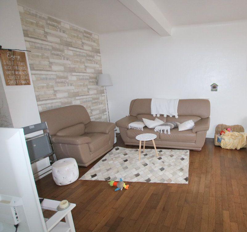 Appartement à louer 3 61.99m2 à Le Havre vignette-1