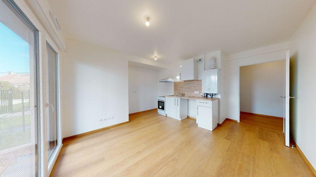 Appartement à louer 1 26.85m2 à Montivilliers vignette-1