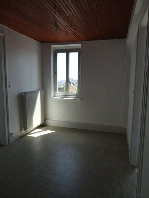 Appartement à louer 3 55.56m2 à Le Havre vignette-3
