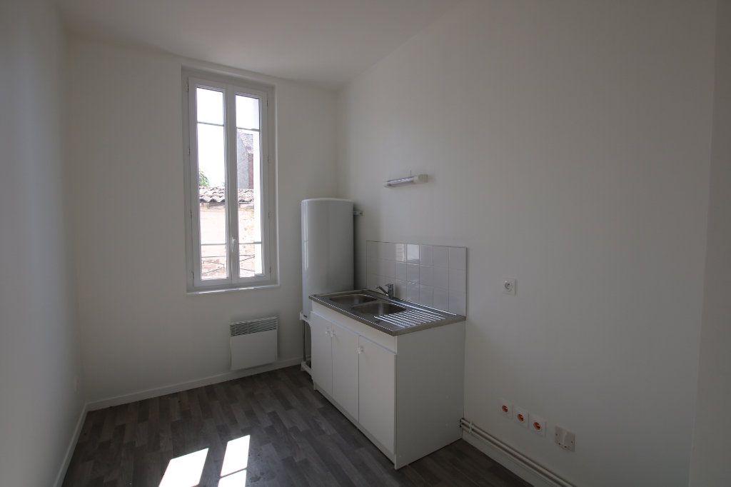 Appartement à louer 3 46.03m2 à Le Havre vignette-2