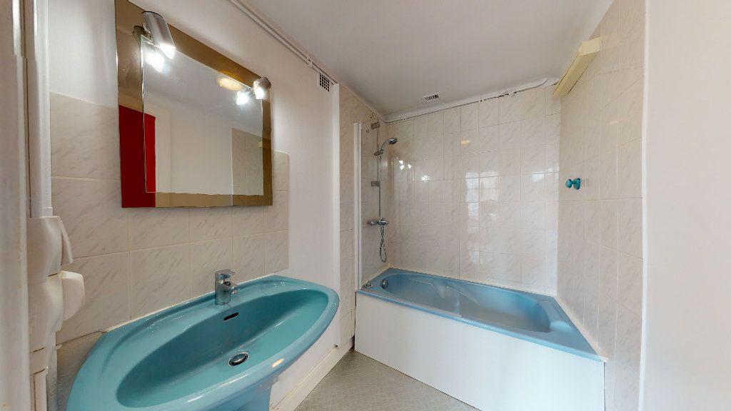 Appartement à louer 2 42.84m2 à Le Havre vignette-5