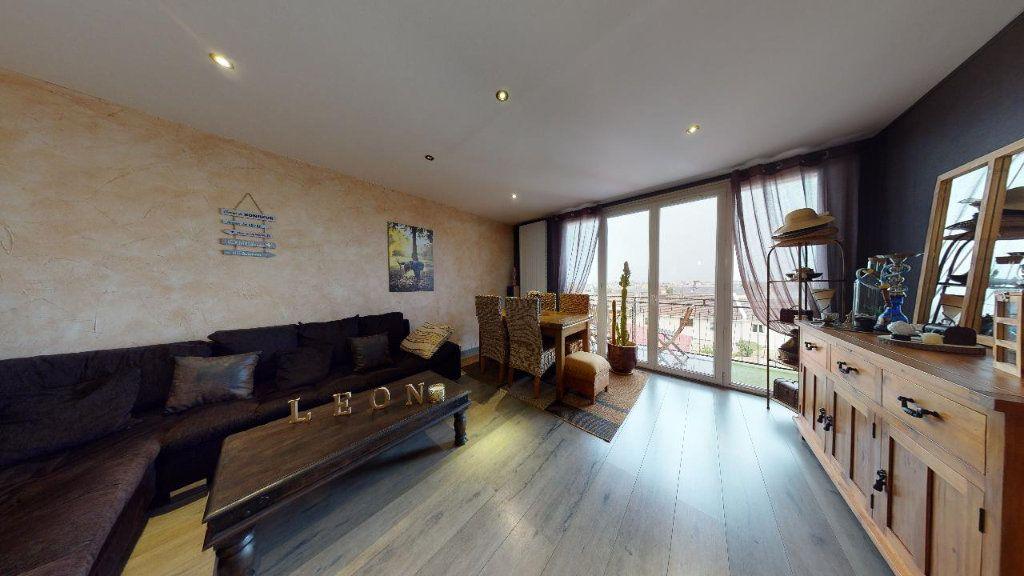 Appartement à vendre 3 63.57m2 à Le Havre vignette-1